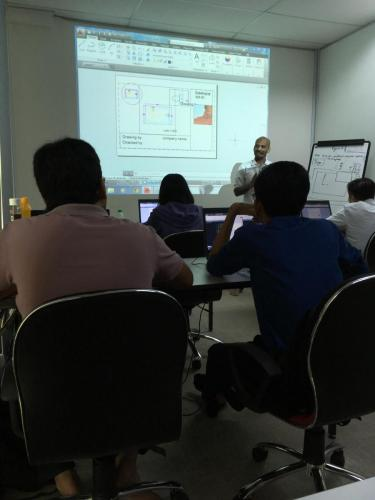 AutoCAD 2D Advanced   class in session