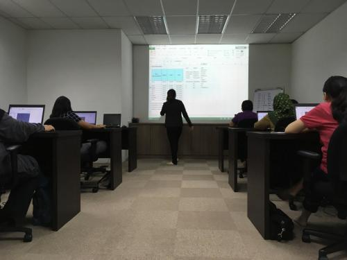 Microsoft Excel short course CAD Training Centre   07